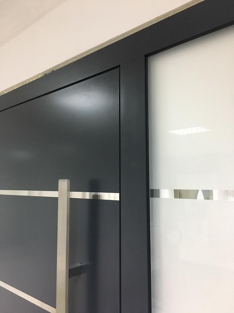 Ekskluziv Alu ulazna vrata 5