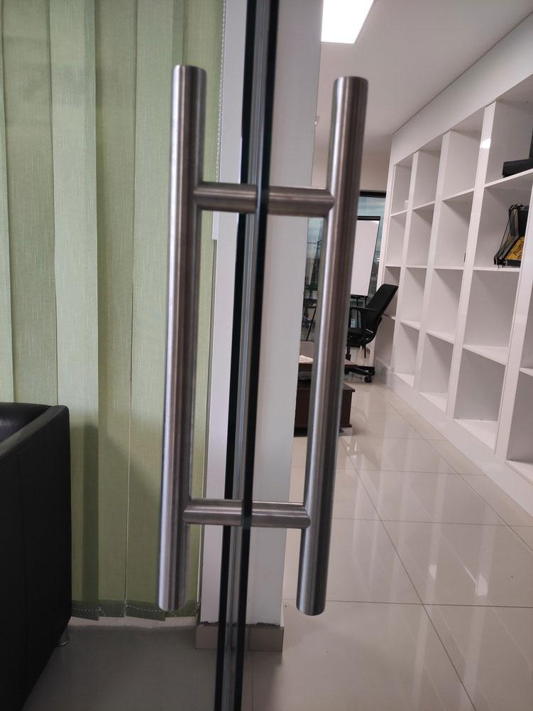Staklene pregrade i vrata 9