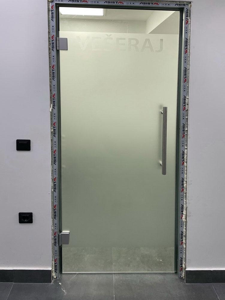 Staklene pregrade i vrata 3